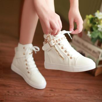 College Shoes Girl: Buy College Shoes