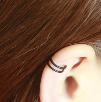Cute Little Stone Earrings For Cartilage Piercing Under Rs 400