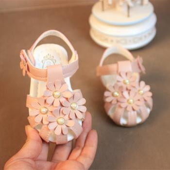 One Year Baby Sandle: Buy One Year Baby